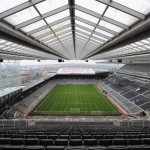 Il bell'interno del St. James' Park di Newcastle