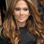 Capelli castano dorati per Jennifer Lopez