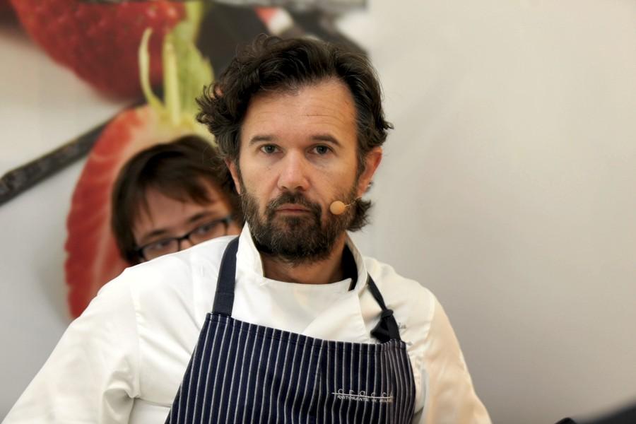 Carlo Cracco, forse il più noto al grande pubblico tra i migliori chef italiani (foto di Bruno Cordioli via Flickr)