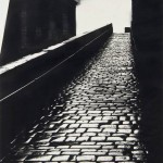 A Snicket in Halifax di Bill Brandt