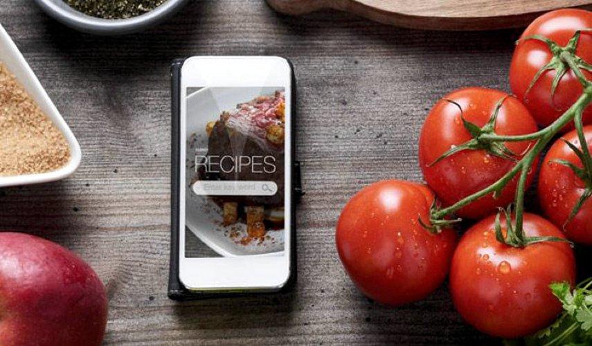 Come usare l'iPad, gli smartphone e il computer in cucina, tramite le app per catalogare ricette (foto di Indabaa .com via Flickr)