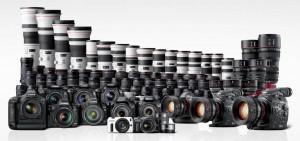 Una serie di prodotti fotografici della Canon
