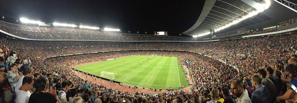 Il celebre Camp Nou di Barcellona, uno degli stadi più grandi d'Europa