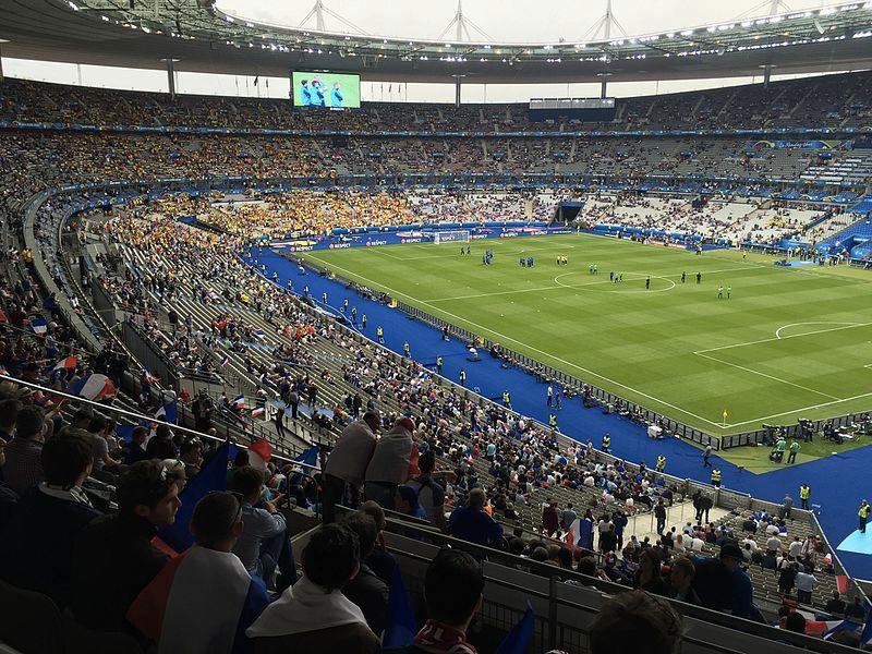 Lo Stade de France durante la gara tra Francia e Romania a Euro 2016 (foto di Eric Salard via Flickr)