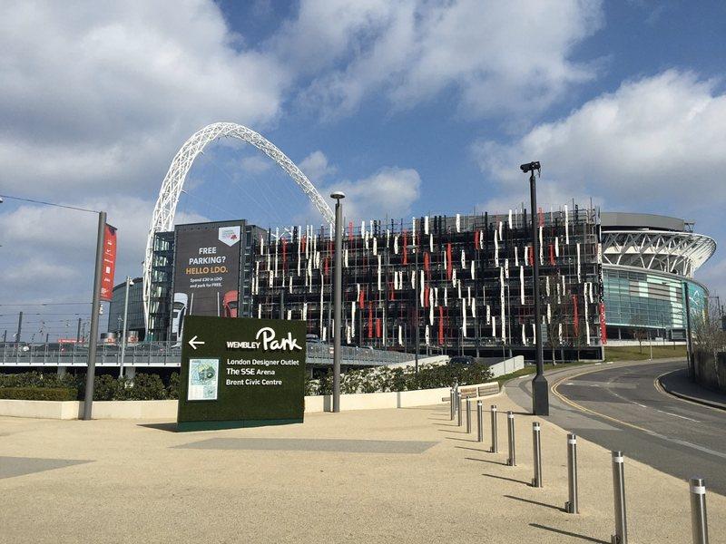 Wembley dall'esterno