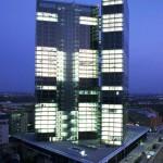 Il Vienna Twin Tower di sera