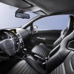 Gli interni della Opel Corsa OPC