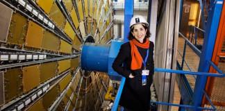 La direttrice del CERN Fabiola Gianotti (foto di Claudia Marcelloni De Oliveira via Flickr)