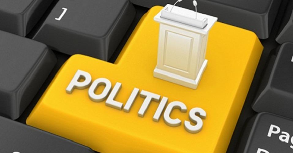 La politica passa anche per Facebook