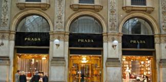 Prada all'interno di Galleria Vittorio Emanuele II