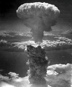 Il fungo atomico sopra a Nagasaki
