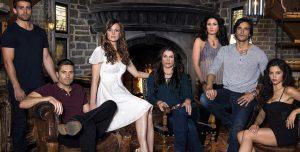 Il cast de Le streghe dell'East End, serie TV che parla, appunto, di streghe