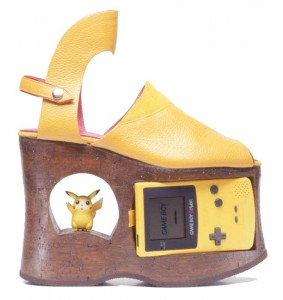 La scarpa col Game Boy incorporato