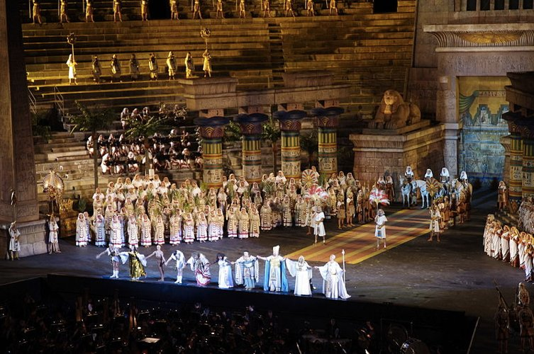 Il fascino dell'opera lirica italiana ed europea (foto di Jakub Hałun via Wikimedia Commons)