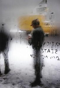 """""""Snow"""", una delle foto più famose di Saul Leiter"""