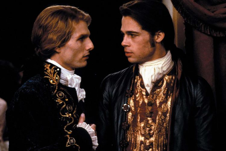 Tom Cruise e Brad Pitt in Intervista col vampiro, un film che ha ridefinito l'immagine dei succhiasangue al cinema