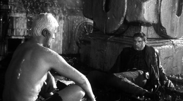 """La scena finale di Blade Runner in cui compare la celebre battuta (improvvisata) del """"Io ne ho viste di cose..."""""""