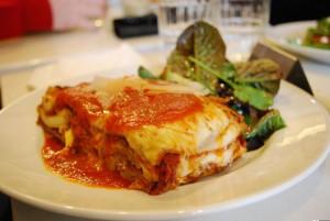 Lasagne e pasticci sono un classico sempre presente nelle tavole dei cenoni (foto di Alpha via Flickr)