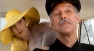 Ambrogio e la sua datrice di lavoro nel celebre spot dei Ferrero Rocher