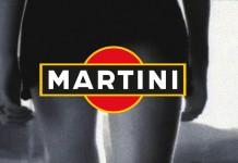 Il fotogramma finale dello spot Martini con Charlize Theron, uno dei più famosi degli anni '90
