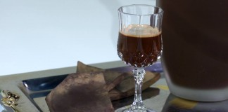 Il liquore al cioccolato è sempre una buona idea a Natale