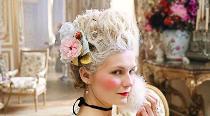 Maria Antonietta (qui interpretata da Kirsten Dunst) fu una delle donne più belle della sua epoca