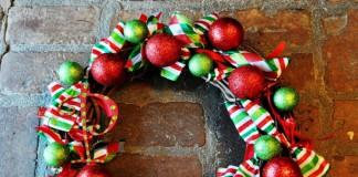 Una tipica ghirlanda natalizia
