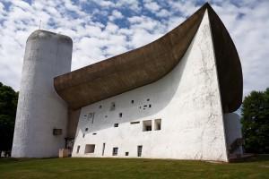 L'ardita Cappella di Notre-Dame du Haut