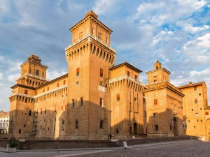 Il Castello Estense, simbolo della città di Ferrara