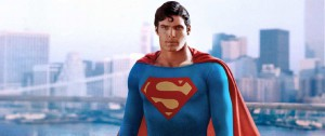 Christopher Reeve nei panni di Superman