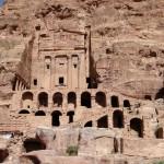 Monumenti funerari a Petra, in Giordania