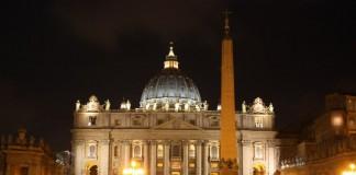La chiesa di San Pietro a Roma è la più grande di tutto il mondo cristiano (foto di Eugene Pivovarov via Wikimedia Commons)