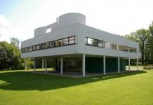 Villa Savoye, forse la più celebre delle opere di Le Corbusier
