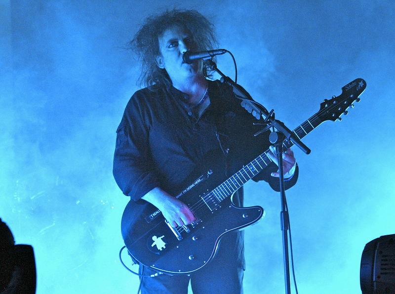 Robert Smith dei Cure nel 2012 (foto di Christopher Johnson via Flickr)