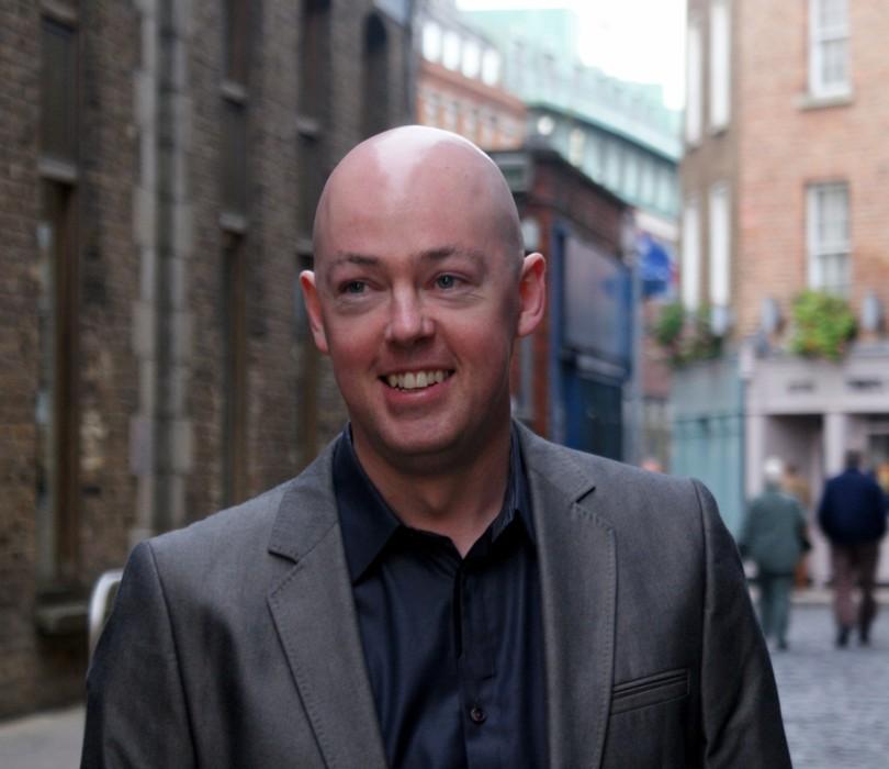 John Boyne, autore del best-seller Il bambino con il pigiama a righe (foto di Barry O'Donovan via Wikimedia Commons)