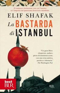 """""""La bastarda di Istanbul"""", storia di un'americana che si introduce nella società turca"""