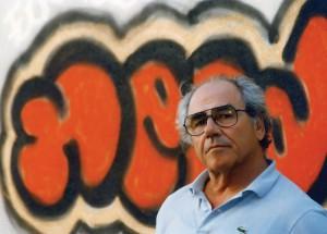 Jean Baudrillard, studioso della società consumista