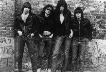 I Ramones nel loro momento d'oro, quando rivoluzionarono la scena punk