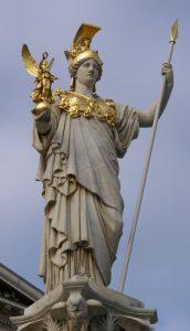 Pallade Atena, in una statua davanti al Parlamento austriaco