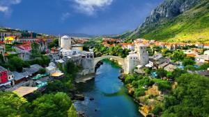 Il celebre ponte di Mostar, in Bosnia-Erzegovina