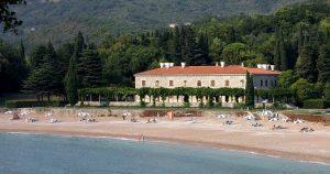 Villa Miločer (foto di Pear Blossom via Wikimedia Commons)