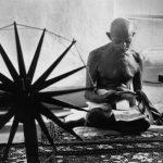 Gandhi e l'arcolaio di Margaret Bourke-White