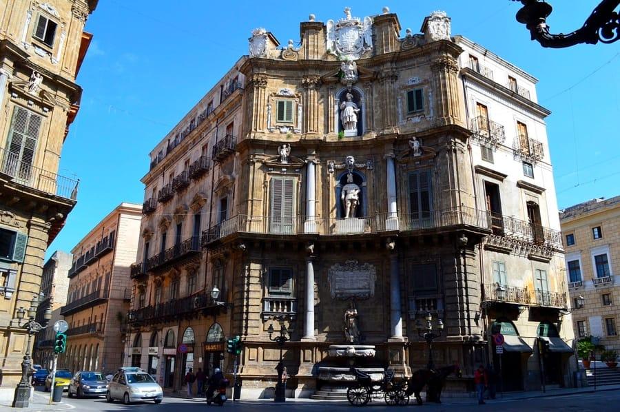 Quattro Canti, bella piazza di Palermo