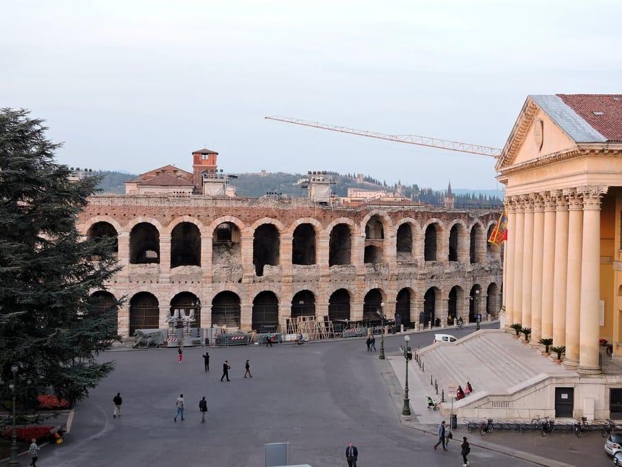 L'Arena di Verona e piazza Bra