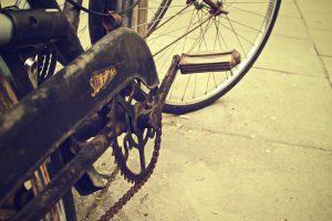 Una bici vecchia è facilmente sacrificabile