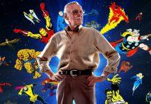 Stan Lee attorniato da alcune delle sue creazioni