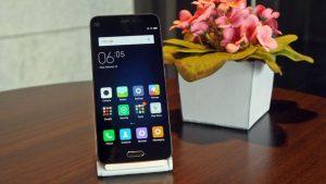 Lo Xiaomi Mi5, un top di gamma venduto però a 400 euro