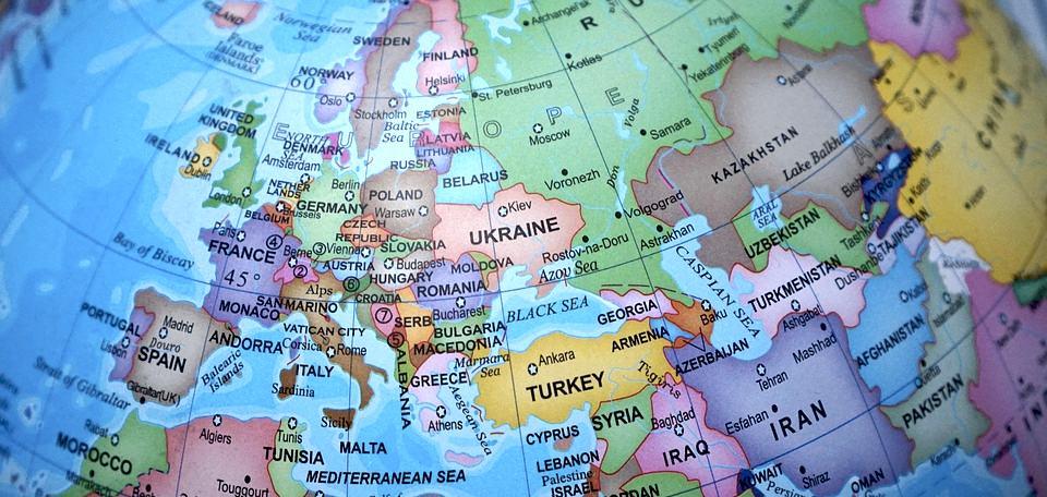 Una cartina politica dell'Europa, con le più importanti capitali europee