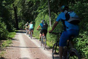 Andare in bici aiuta a sviluppare le capacità necessarie al lavoro di squadra