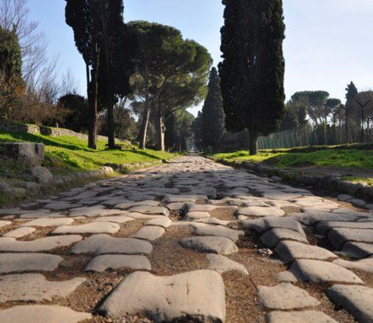 L'Appia Antica, forse la più bella e importante tra le strade romane